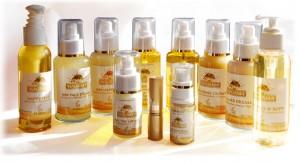 Yogana Gold und Natur Kosmetik Produkte